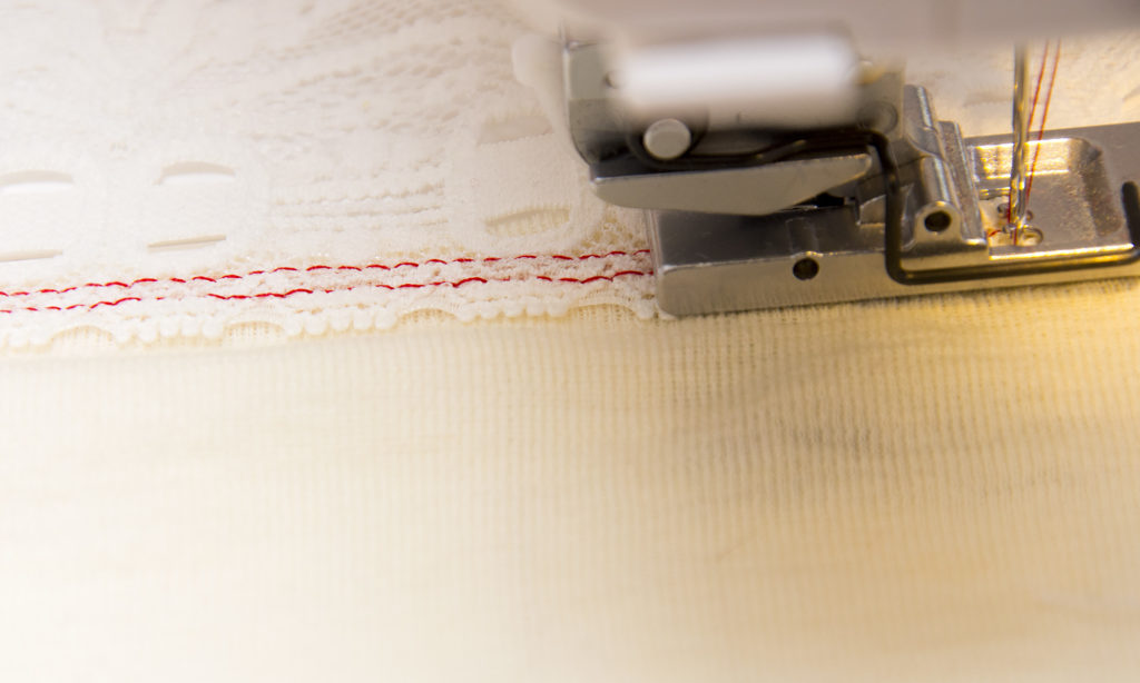 sewing-lace_20161013_2935