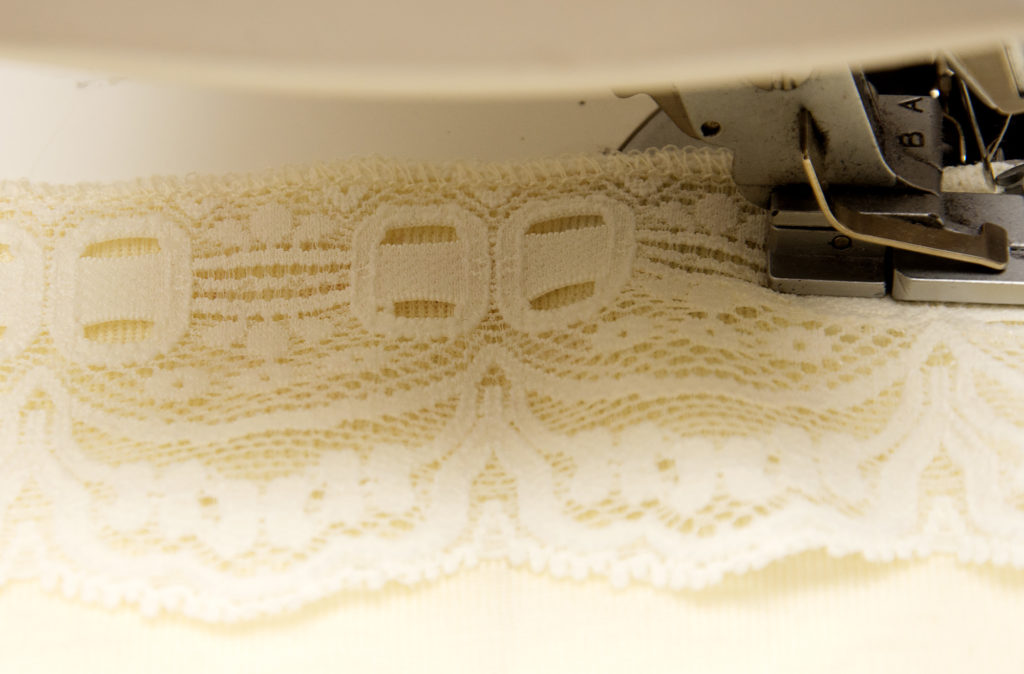 sewing-lace_20161013_2939_1