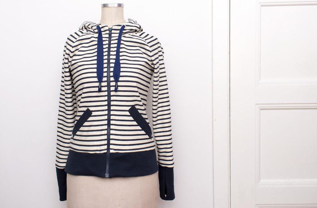 striped-hoodie_012