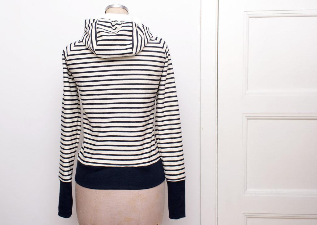 striped-hoodie_013
