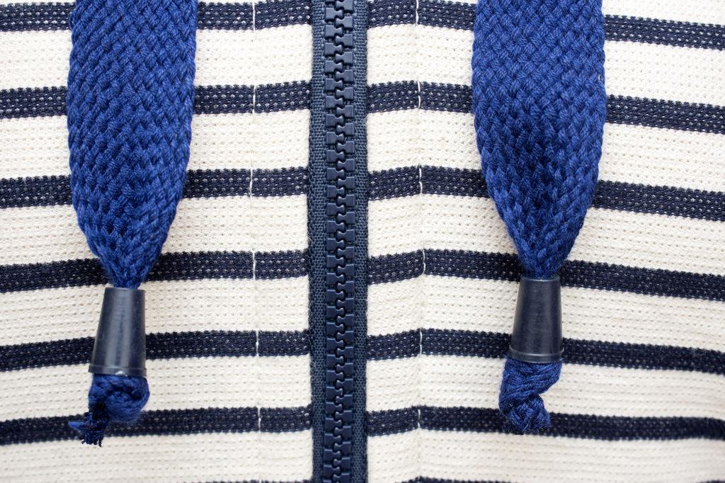 striped-hoodie_017
