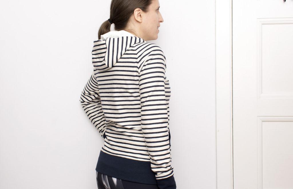striped-hoodie_020