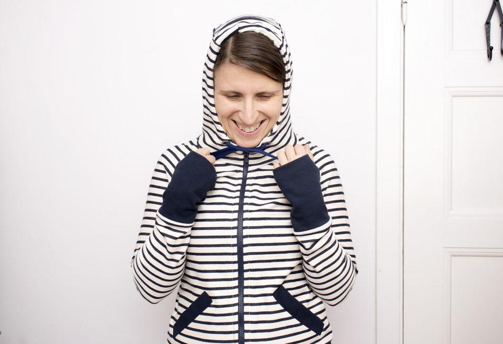 striped-hoodie_021