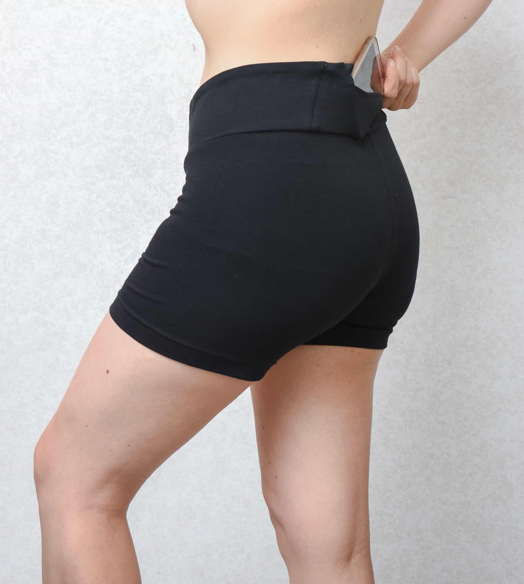 Knit shorts with waist band pocket | Last Stitch